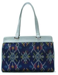 Woven Bag by Raiya
